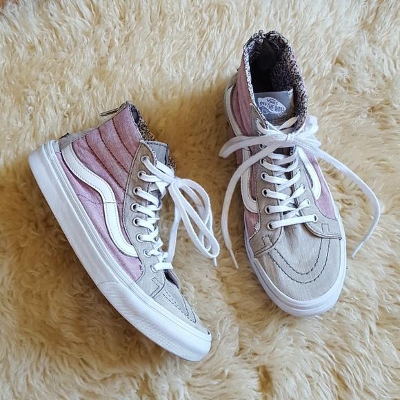 020f1b94cc9 VANS Old Skool Sk8-Hi Sneakers  Size 7 Women s . M 5b2581f3951996c3f1052135